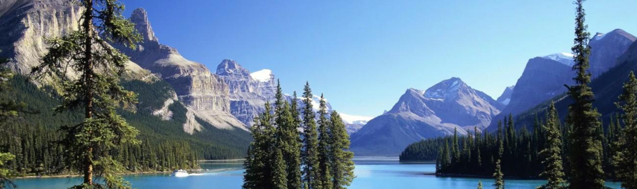 Maligne Lake, Jasper National Park, Alberta